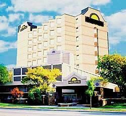 Toronto Plaza Airport Hotel